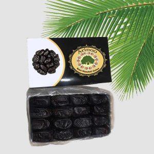 Fresh mazafati dates
